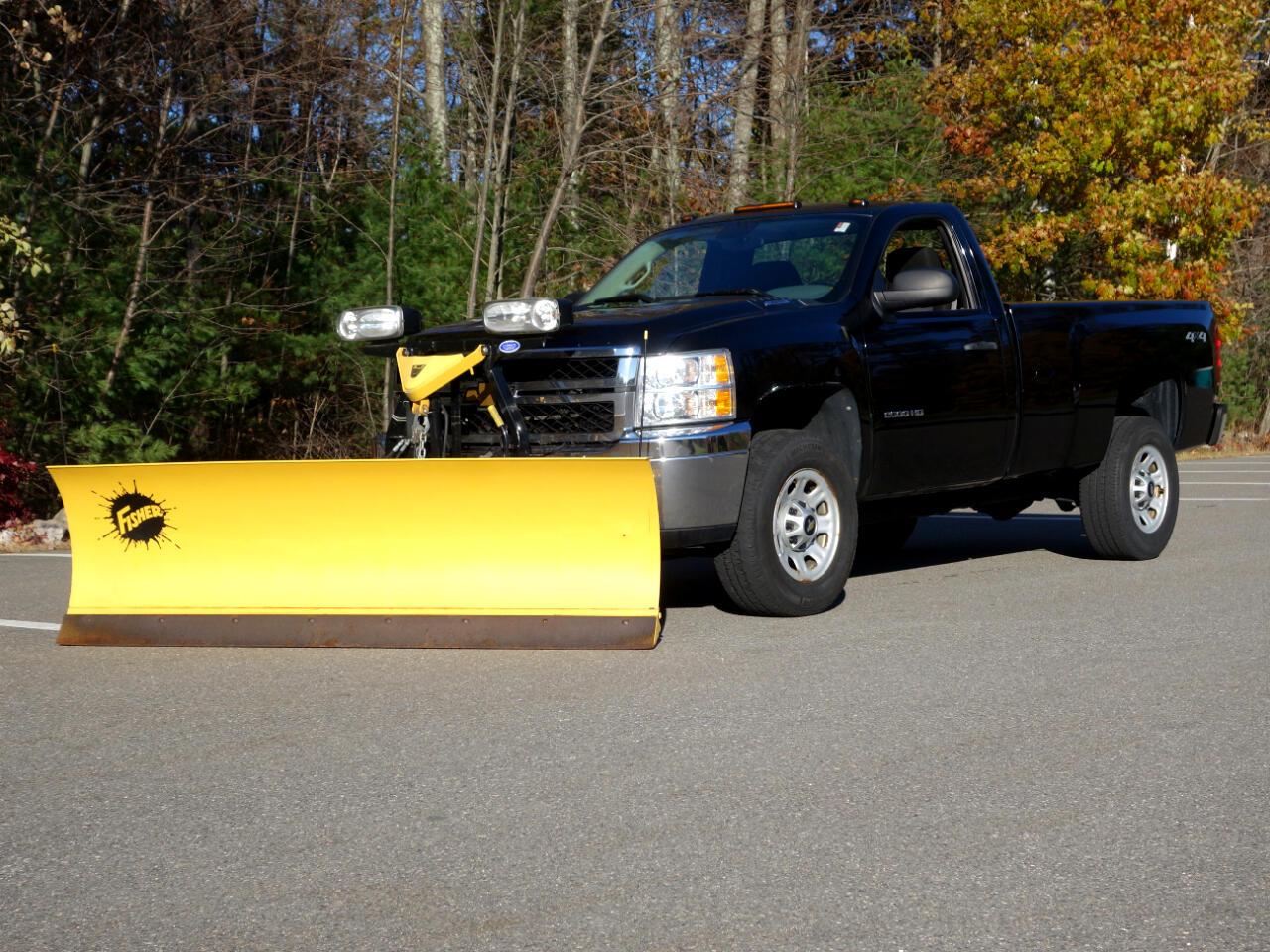 """Chevrolet Silverado 2500HD 4WD Reg Cab 133.7"""" Work Truck 2012"""