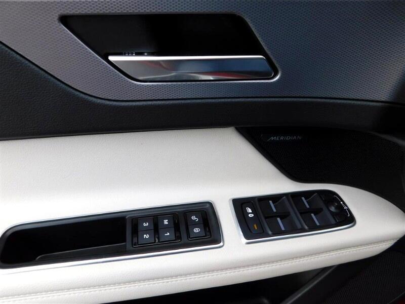 2018 Jaguar XF-Series 35t R-Sport AWD Rebuilt