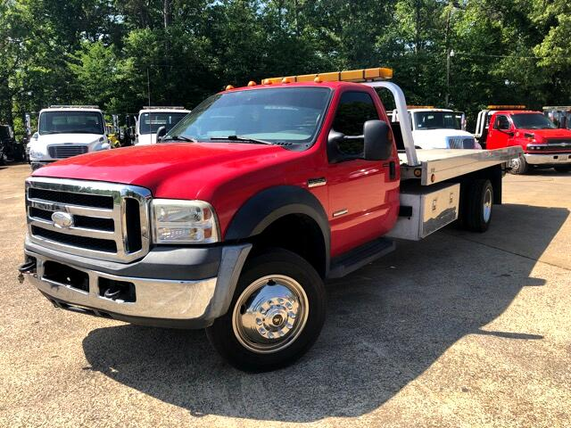 2006 Ford F-550 Super Duty Regular Cab 2WD DRW