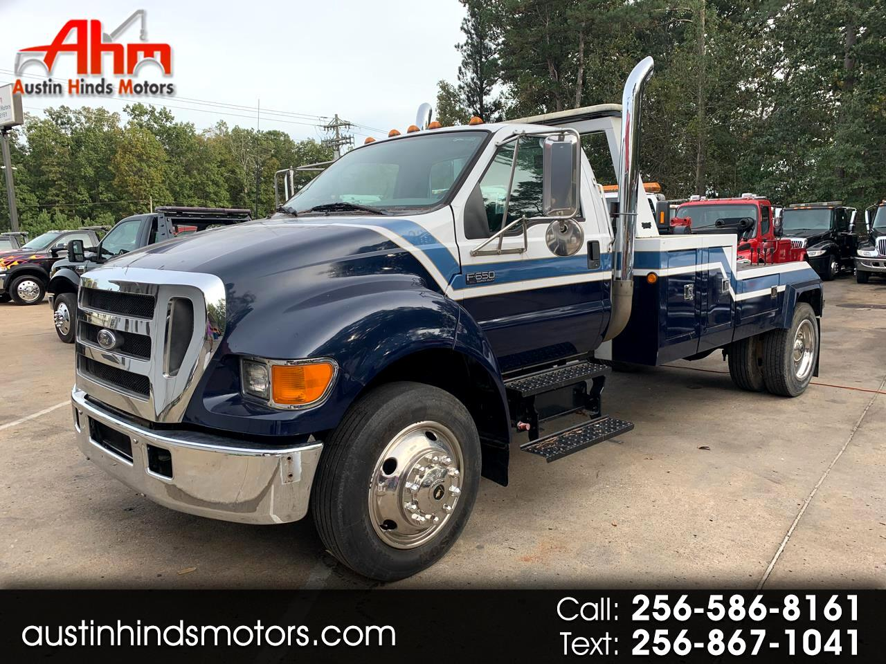2005 Ford F-650 Regular Cab 2WD DRW