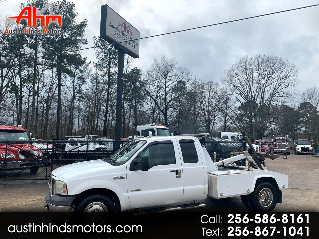 Ford F-350 SD Lariat SuperCab Long Bed 2WD DRW 2005