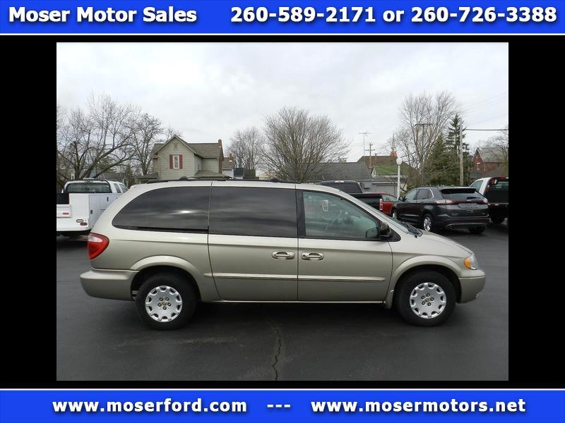 2002 Chrysler Town & Country LX FWD