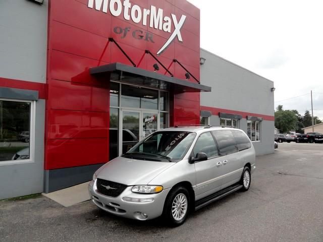 1999 Chrysler Town & Country LX FWD