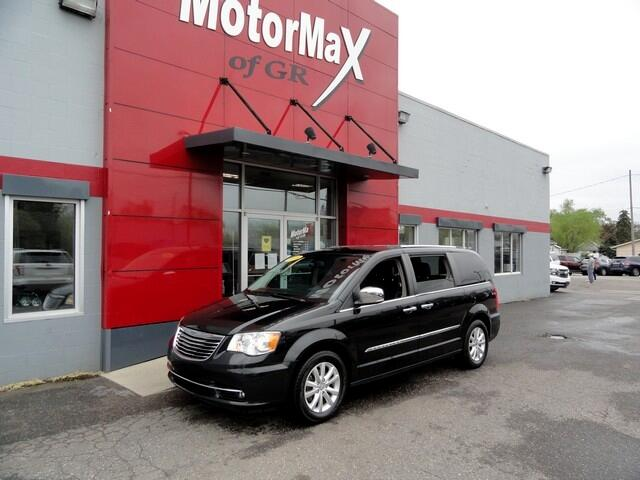 Chrysler Town & Country 4dr Wgn Limited 2016