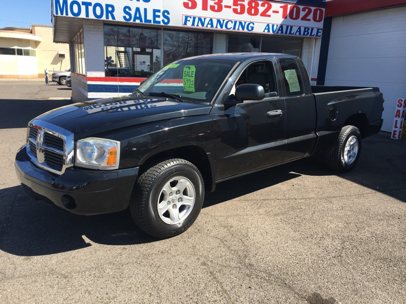 "2007 Dodge Dakota 2WD Club Cab 131"" SLT"