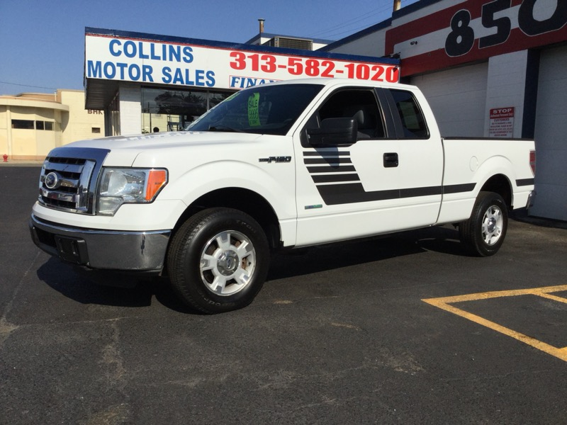 "2011 Ford F-150 2WD SuperCab 163"" XLT w/HD Payload Pkg"