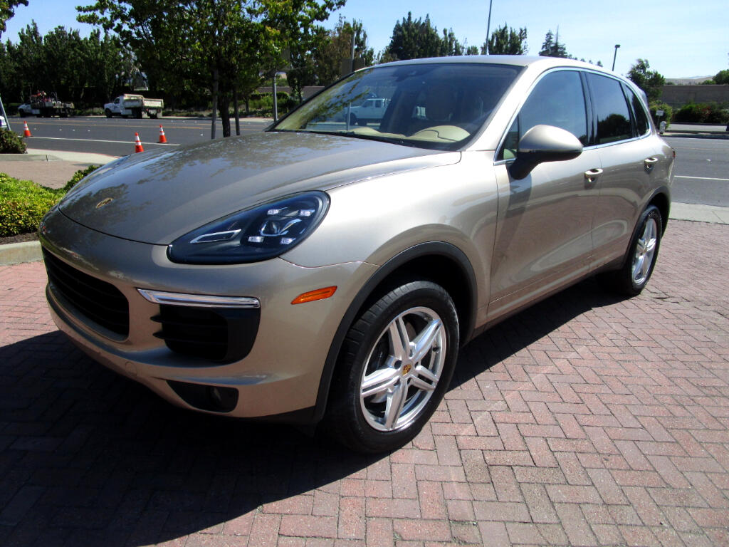 2016 Porsche Cayenne PREM PLUS*PANO*HEAT/AC SEATS*REAR HEAT STS*BLND SP