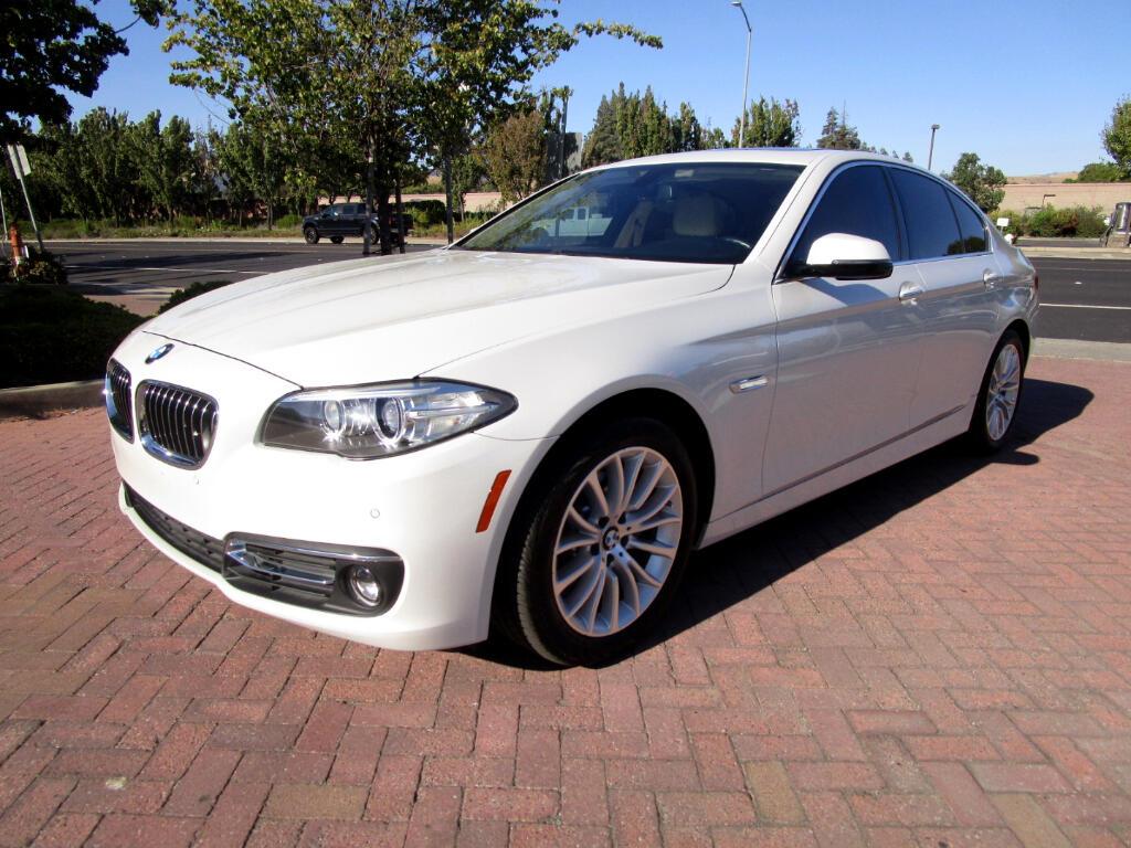 2015 BMW 528i PREMIUM*LUXURY*COMF ACCESS*HEAT SEATS*CAMERA*
