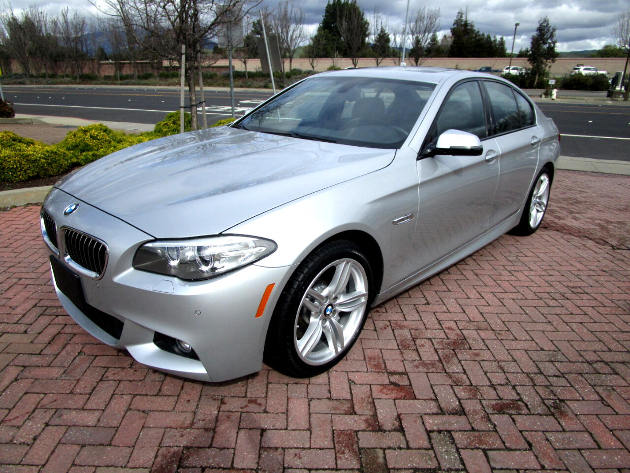 2016 BMW 535d xDrive M SPORT*PREMIUM*DRIVER ASSIST*DYNAMIC HNDLNG PKG*