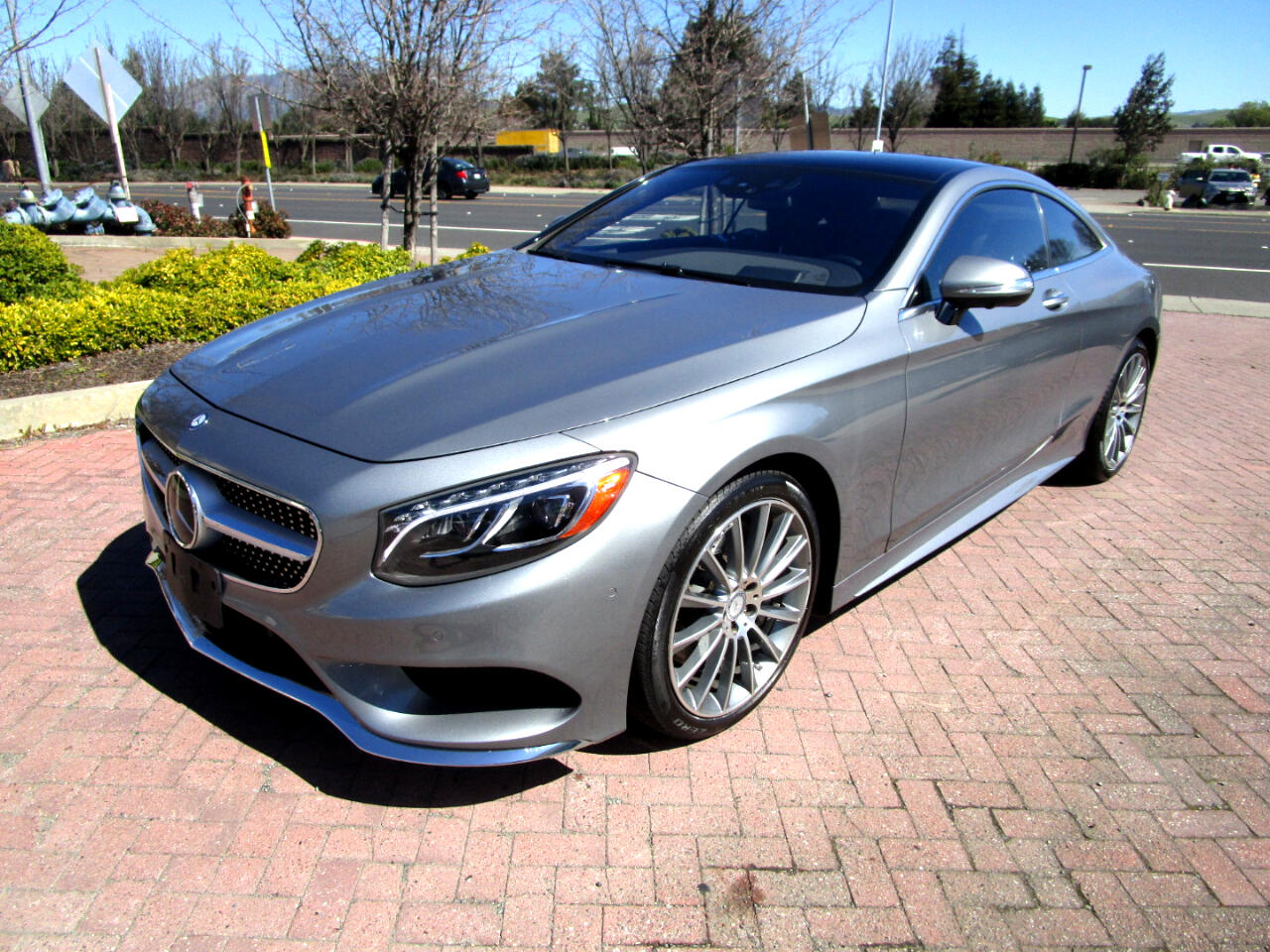 2015 Mercedes-Benz S550 4MATIC COUPE**AMG PKG*DRIVER ASSIST PLUS*DISTRIC P