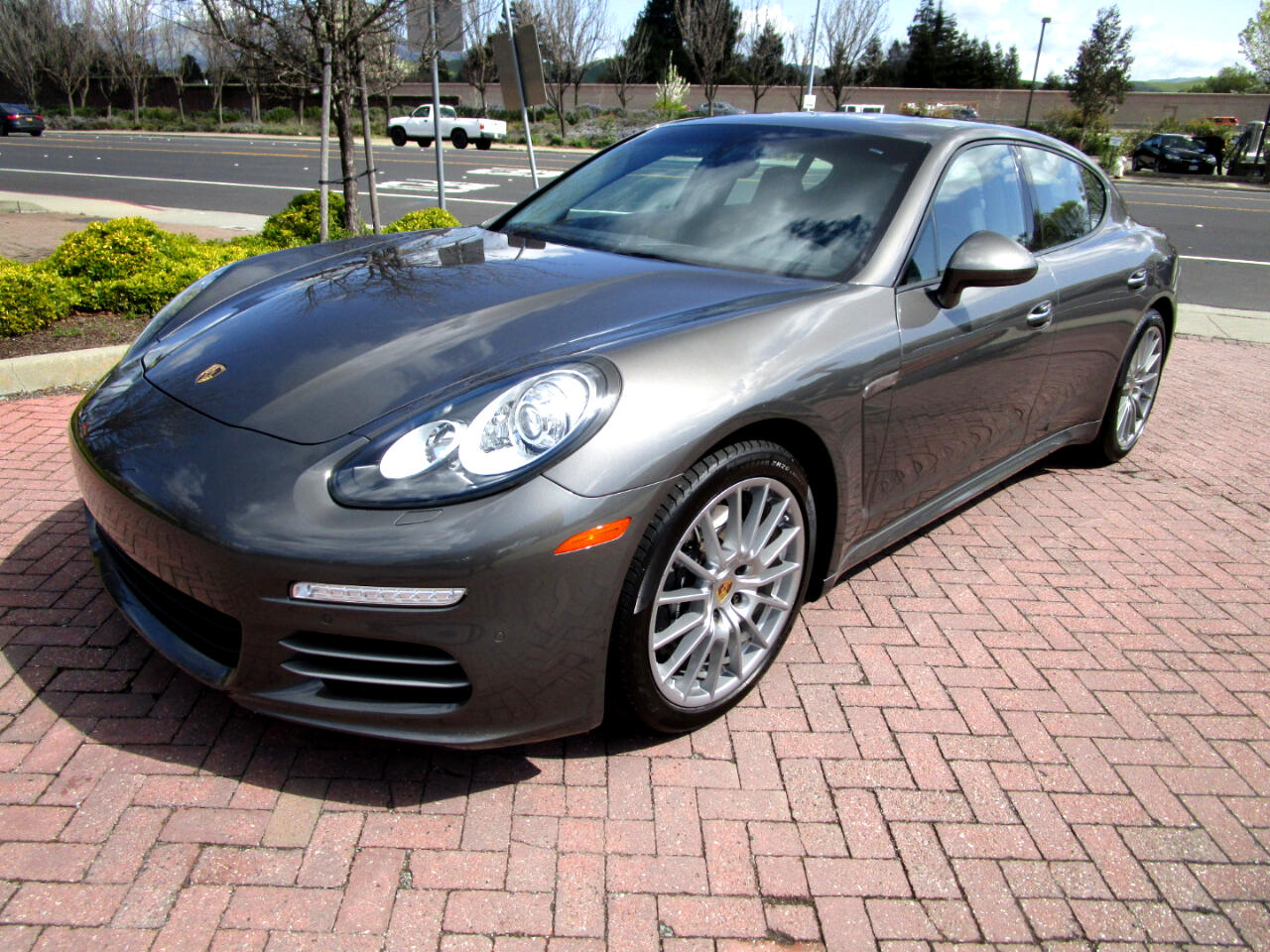 2015 Porsche Panamera AWD*PREM PLUS*HEAT/AC SEATS/REAR HEAT SEATS*BLIND