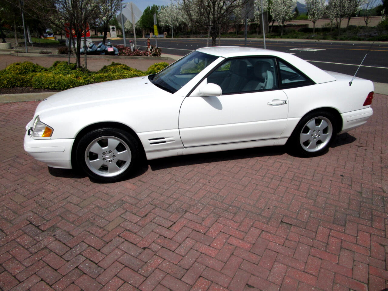 2000 Mercedes-Benz SL Class SL550 LIKE NEW**PREMIUIM PKG**POWER SOFT TOP*POWER SEATS