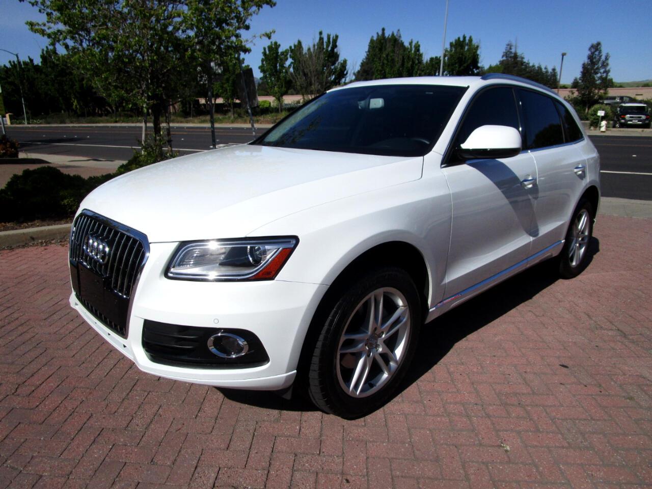 2016 Audi Q5 2.0T QUATTRO AWD*PANO*HEAT SEATS*NAV*B & O SOUND/S