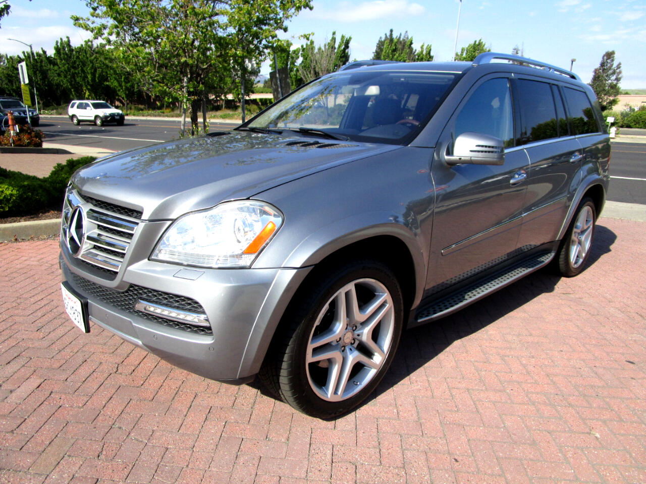 2011 Mercedes-Benz GL-Class GL550 4MATIC**AMG TRIM*TOW PKG 7500LBS**HEAT/AC SE