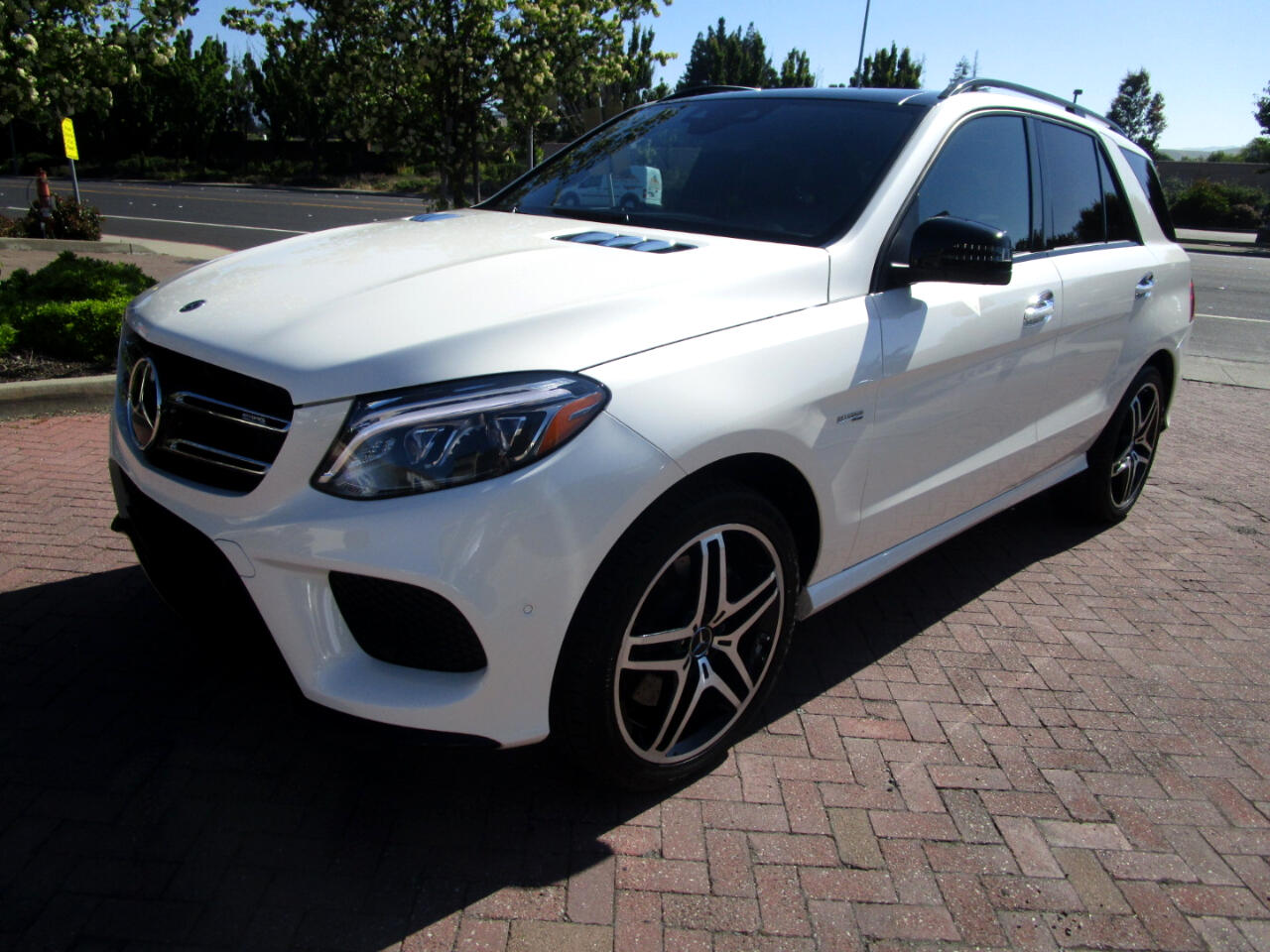 2017 Mercedes-Benz GLE AMG GLE43 4MATIC**DRIVER ASSIST**DISTRONIC PLUS*PA