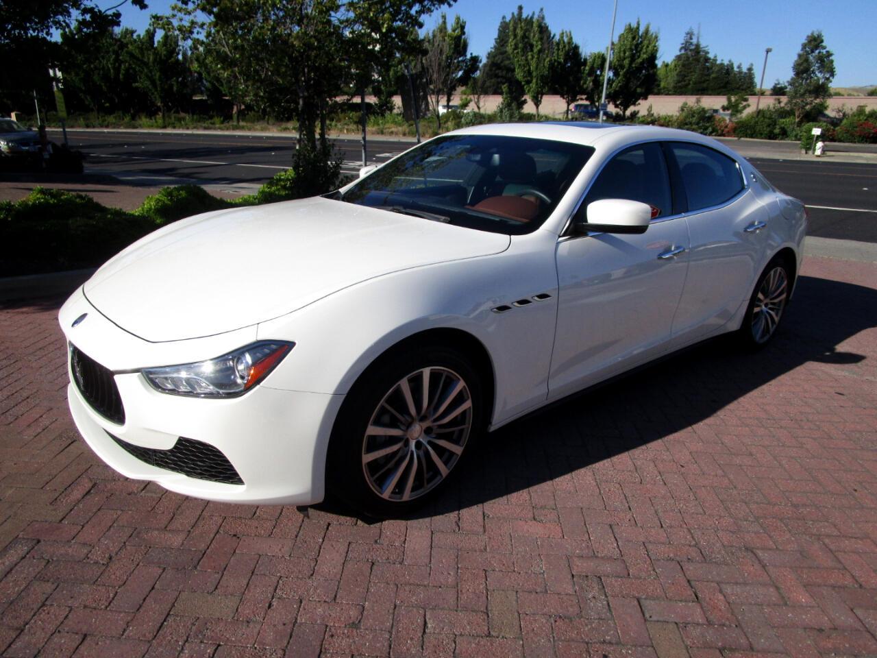 2016 Maserati Ghibli RWD PREMIUM PKG*NAV*SAT RADIO*HEAT SEATS*CAMERA**