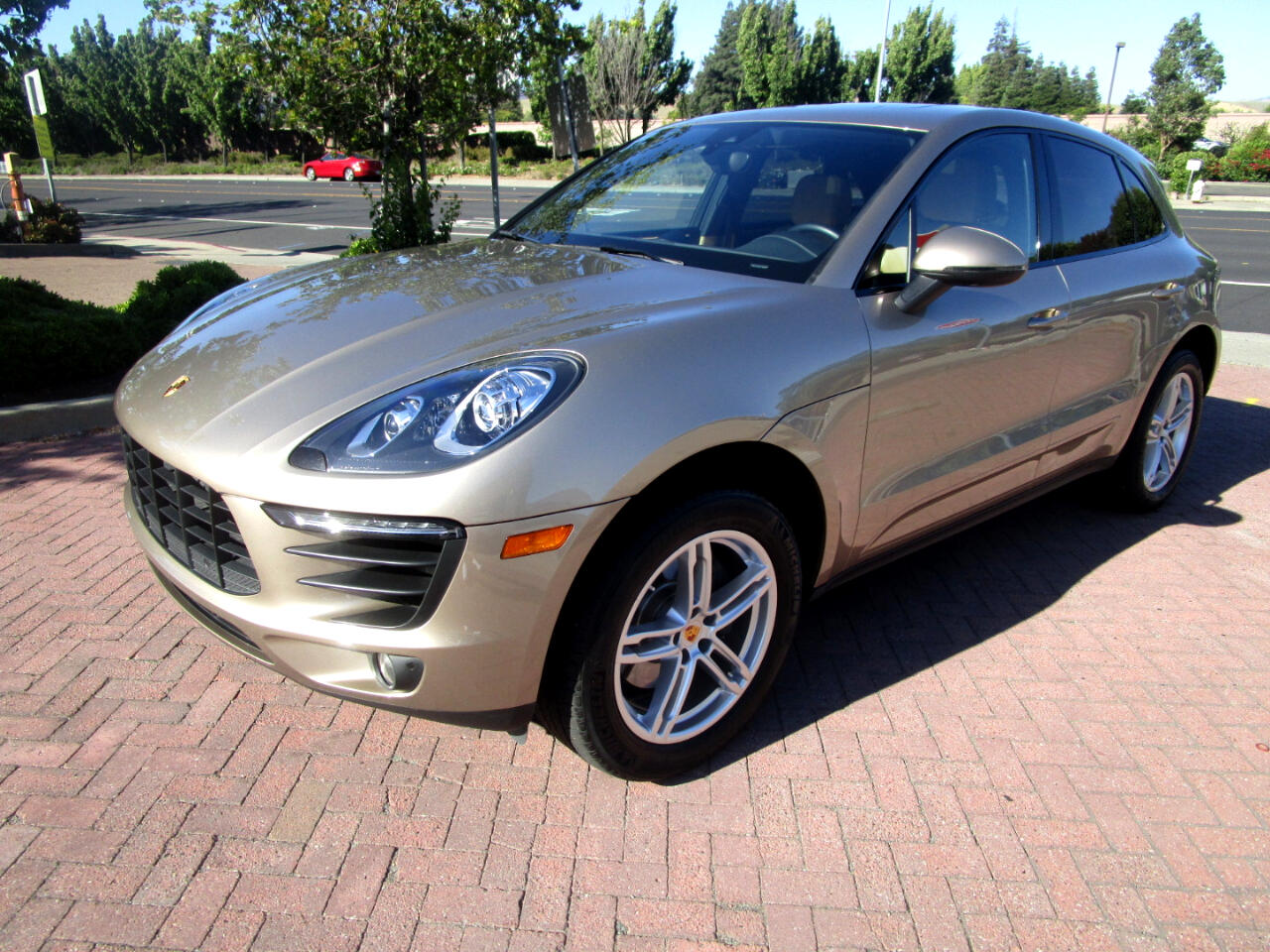 2017 Porsche Macan AWD*PANO*HEAT/AC SEATS*REAR HEAT SEATS*HEAT STR WH