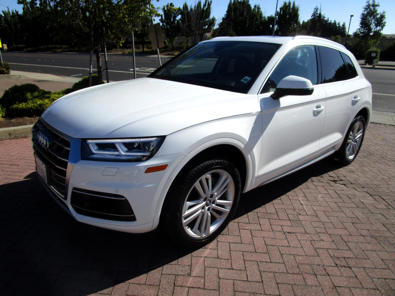 2018 Audi Q5 PREMIUM PLUS AWD**HEAT SEATS**BLIND SPOT**PANO ROO