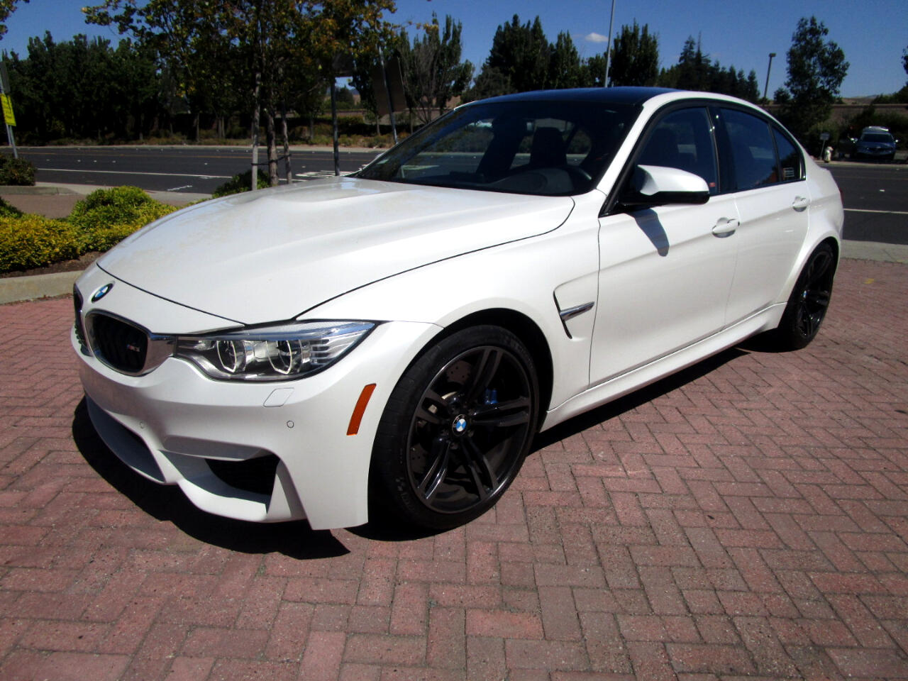 2015 BMW M3 TWIN TURBO**EXEC PKG*HEADS-UP*HEAT SEATS/STR WHEEL