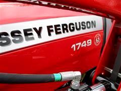 2017 Massey Ferguson Farm
