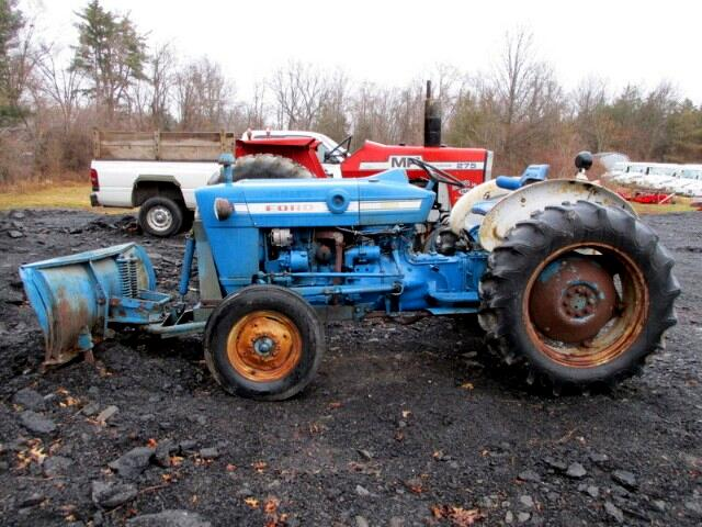 1972 Ford Tractor FORD 2000 TRACTOR WITH FORD PLOW