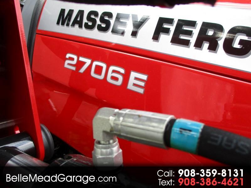 2018 Massey Ferguson Farm 2706EHL TRACTOR LOADER 4X4