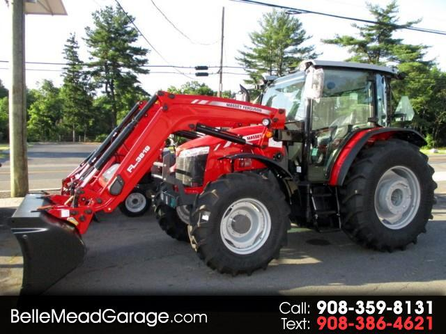 2018 Massey Ferguson Farm 5711 4X4 TRACTOR LOADER