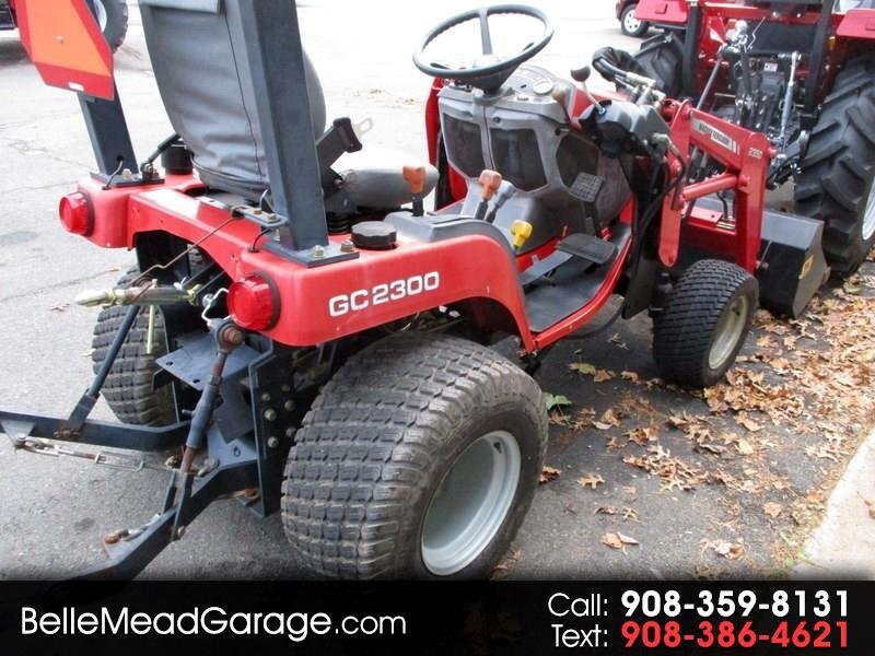 2005 Massey Ferguson Farm GC2300 4X4 TRACTOR WITH LOADER