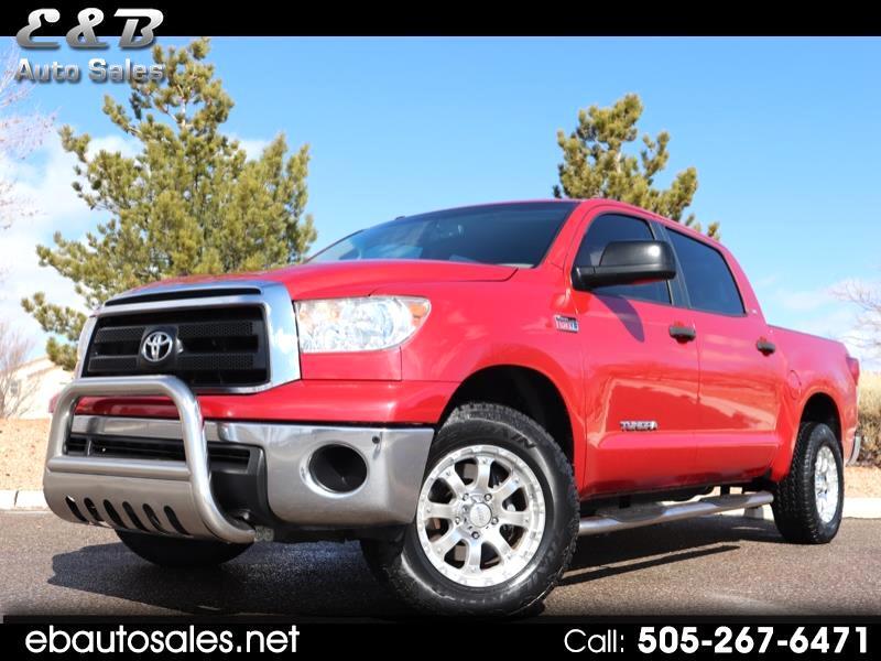 Toyota Tundra Tundra-Grade CrewMax 5.7L 4WD 2011