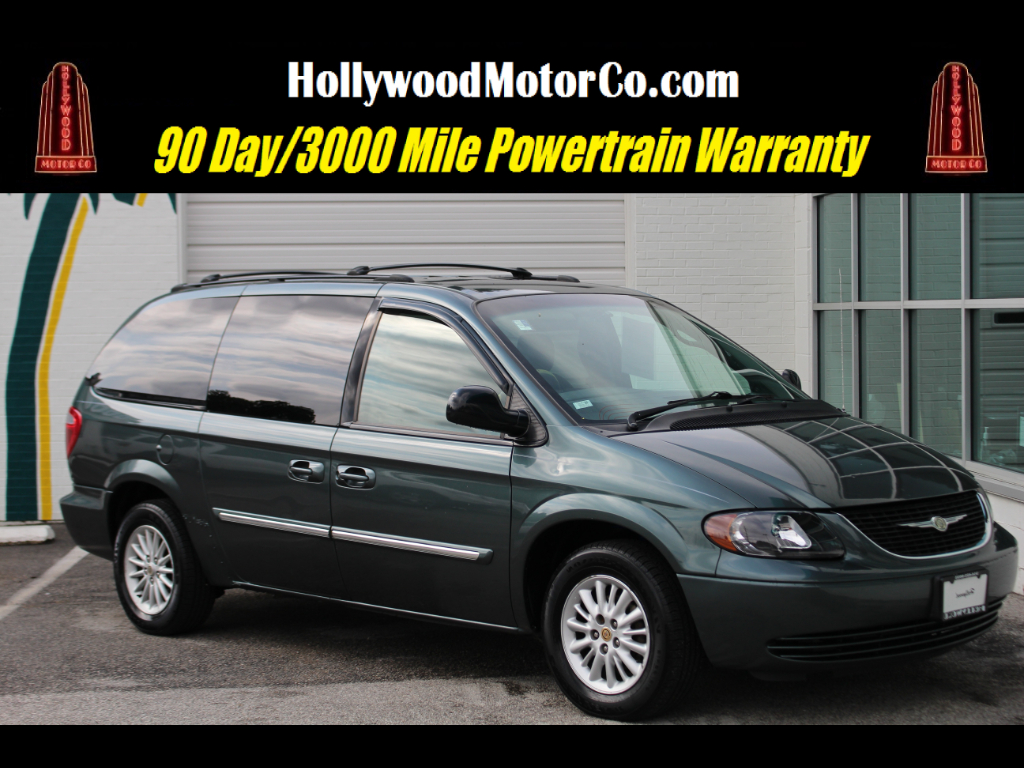 2004 Chrysler Town & Country 4dr EX FWD