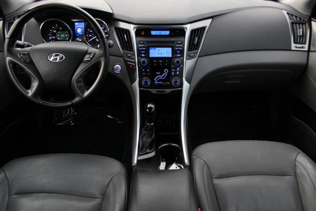 2012 Hyundai Sonata 4dr Sdn 2.4L Auto Hybrid
