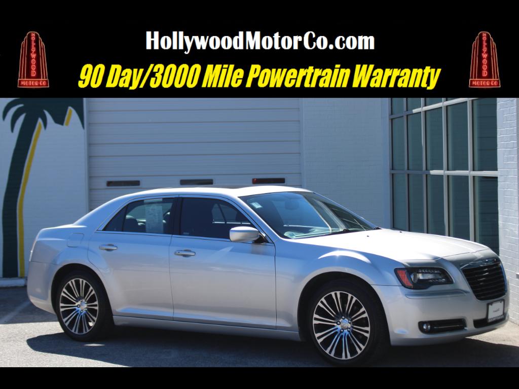 2012 Chrysler 300 4dr Sdn V6 300S RWD