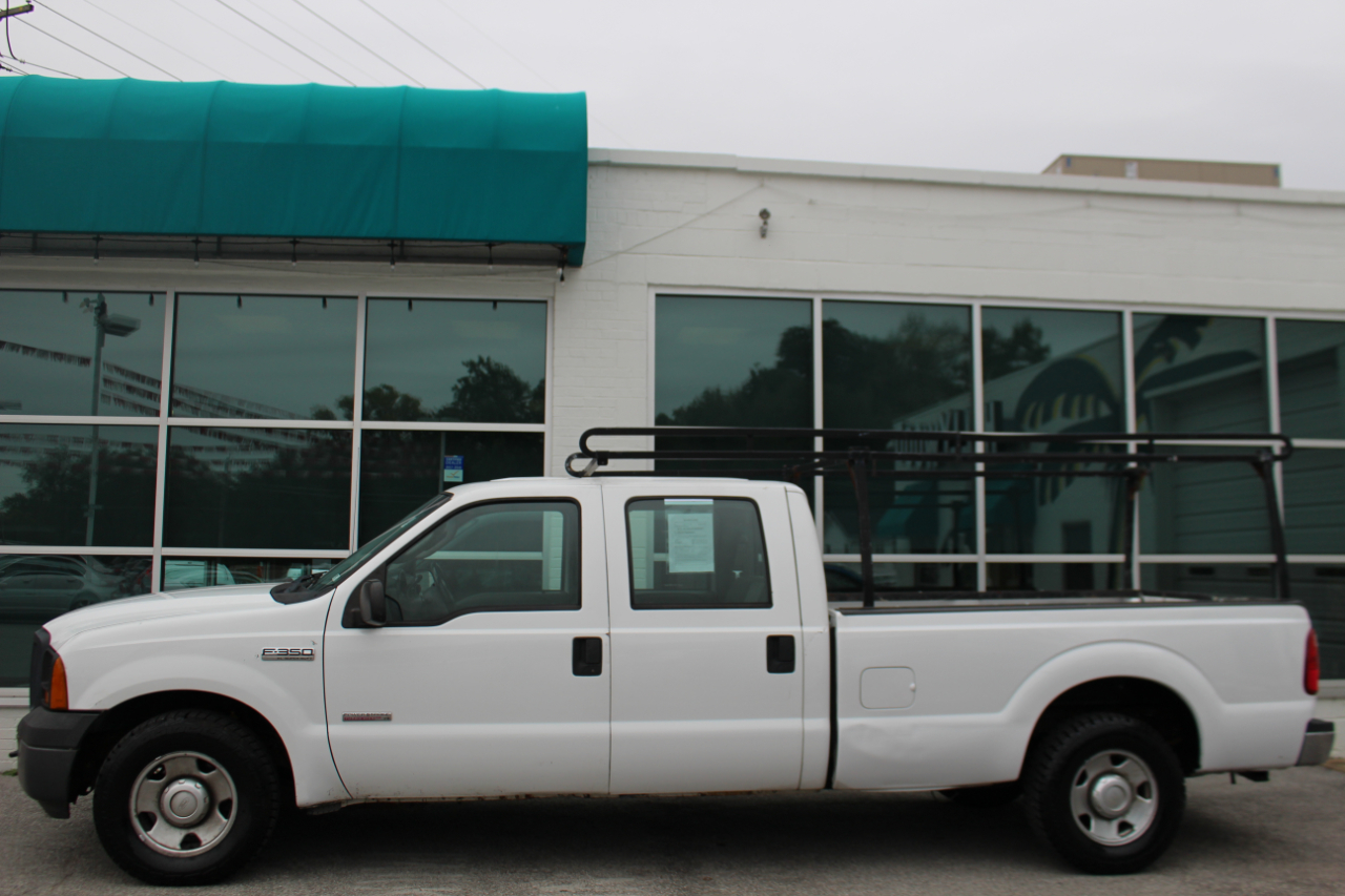 2007 Ford Super Duty F-350 SRW 2WD Crew Cab 172