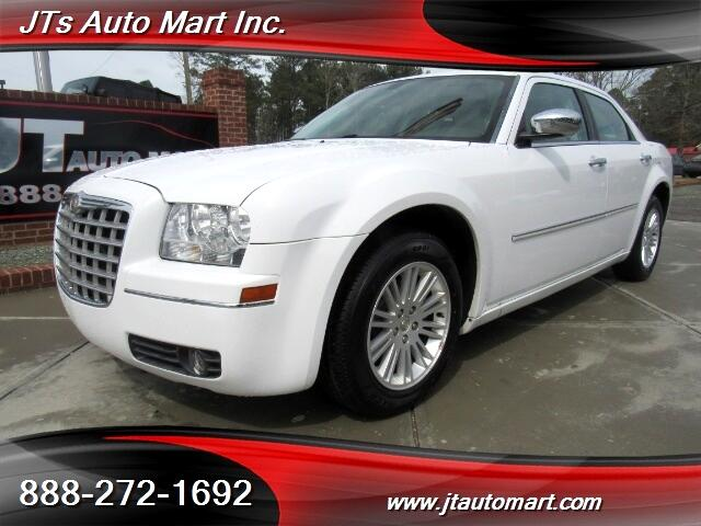 2010 Chrysler 300 4dr Sdn Touring RWD Fleet