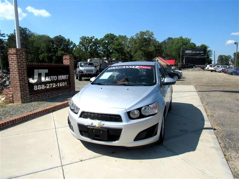 2015 Chevrolet Sonic 4dr Sdn Auto LT