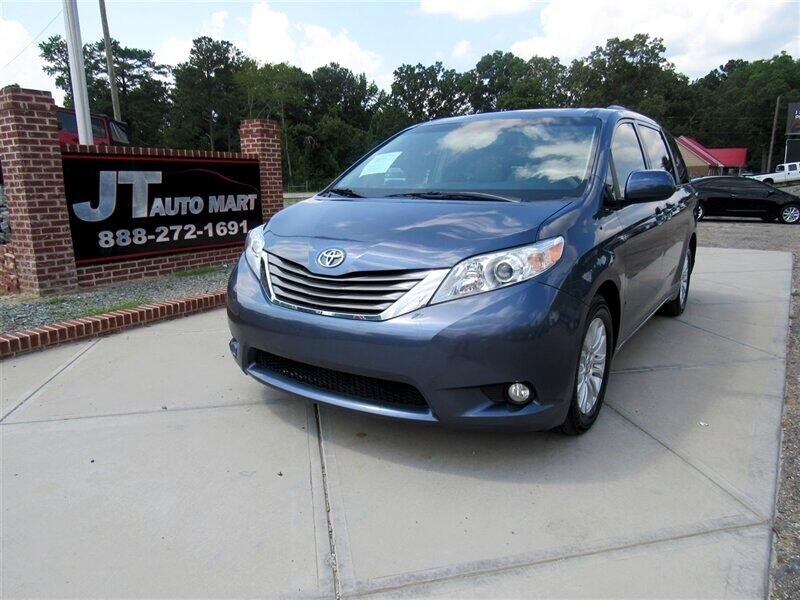 2013 Toyota Sienna 5dr 7-Pass Van V6 XLE AAS FWD (Natl)