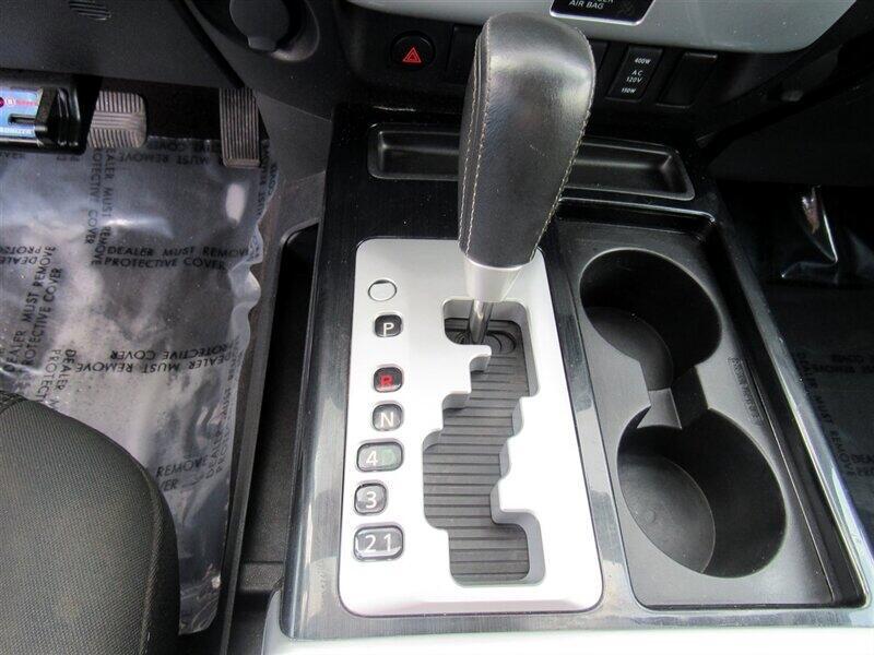 2015 Nissan Titan 4WD Crew Cab SWB PRO-4X