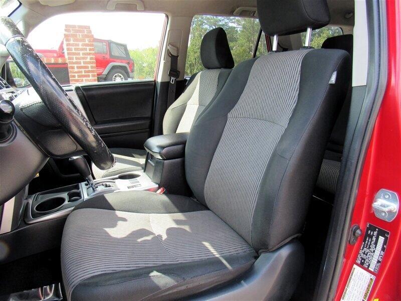2016 Toyota 4Runner RWD 4dr V6 SR5 (Natl)