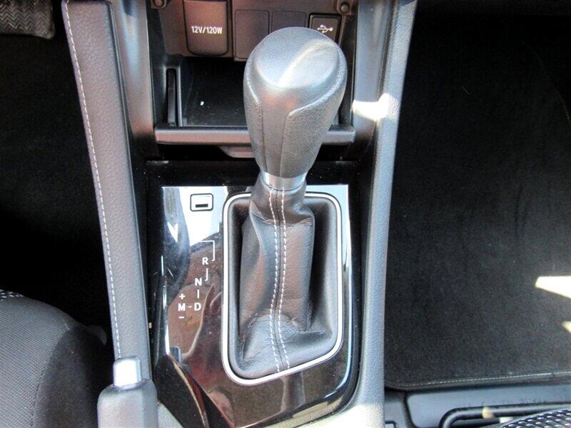 2017 Toyota Corolla iM CVT (Natl)