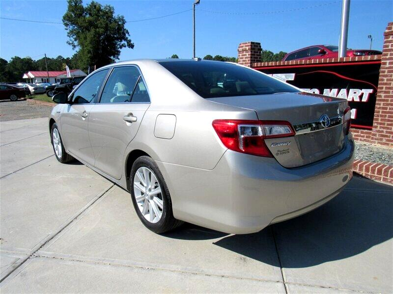 2013 Toyota Camry Hybrid 4dr Sdn LE (Natl)