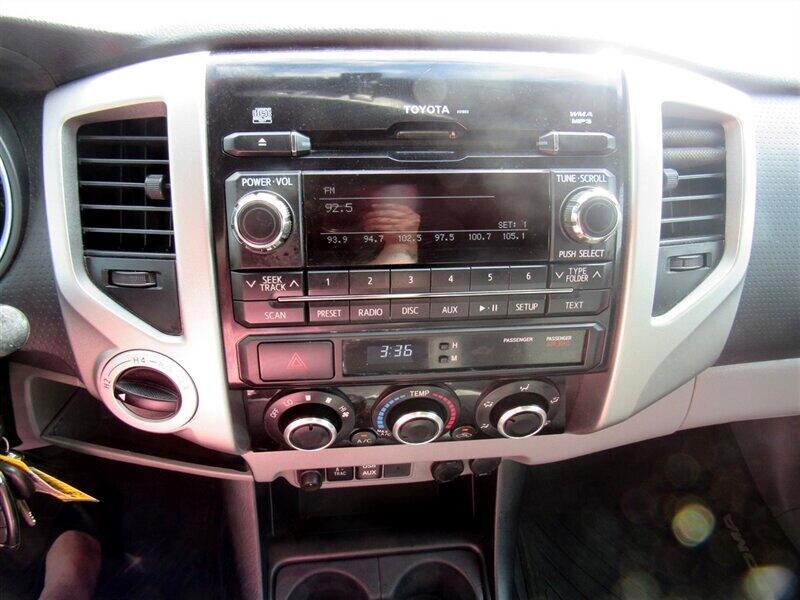 2012 Toyota Tacoma 4WD Double Cab V6 MT (Natl)