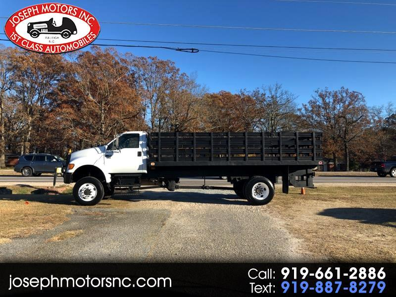 2005 Ford F-750 Regular Cab 4x4