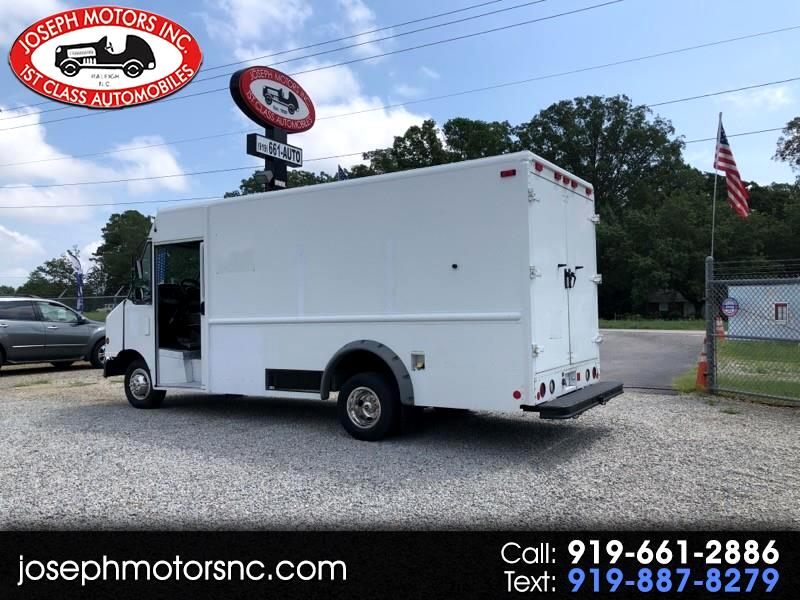 2013 Ford Econoline Commercial Chassis