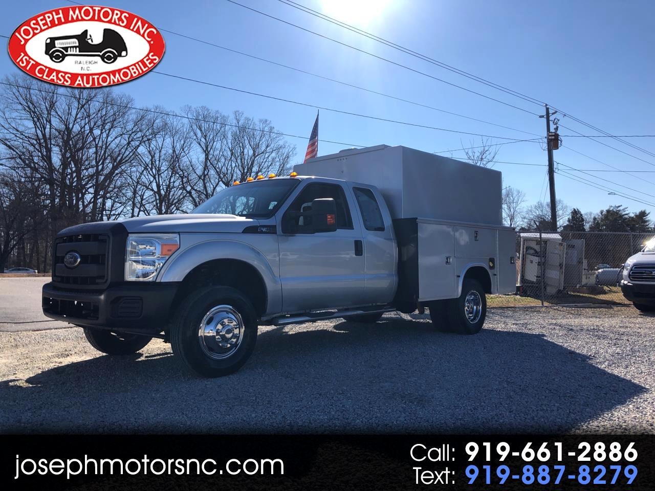 Ford F-350 SD XL SuperCab 4WD DRW 2012