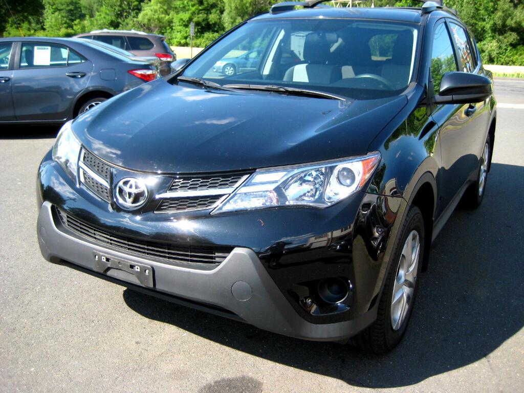 2015 Toyota RAV4 AWD 4dr LE (Natl)