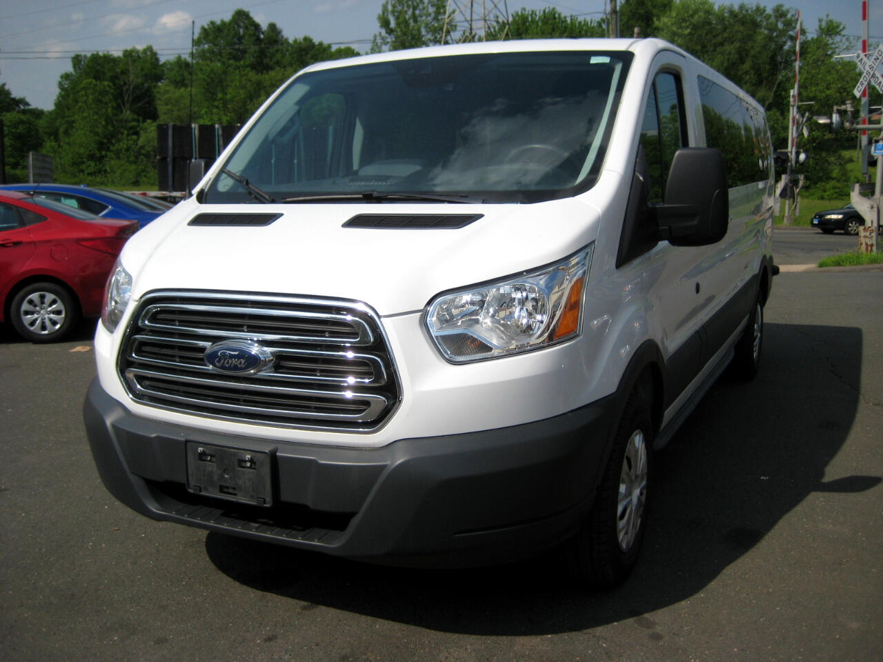 "2015 Ford Transit Wagon T-350 148"" Low Roof XLT Sliding RH Dr"