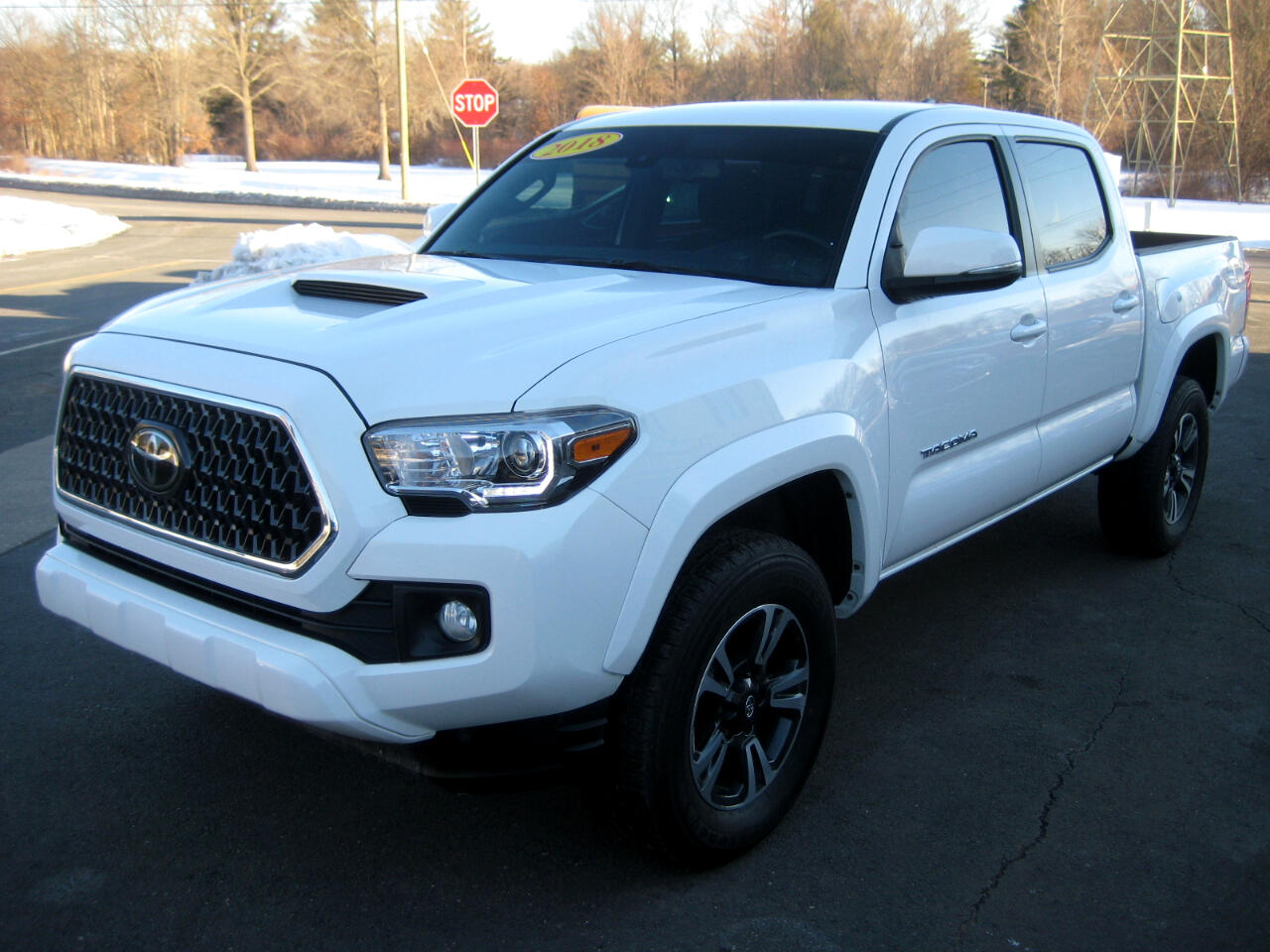 Toyota Tacoma TRD Sport Double Cab 5' Bed V6 4x2 AT (Natl) 2018