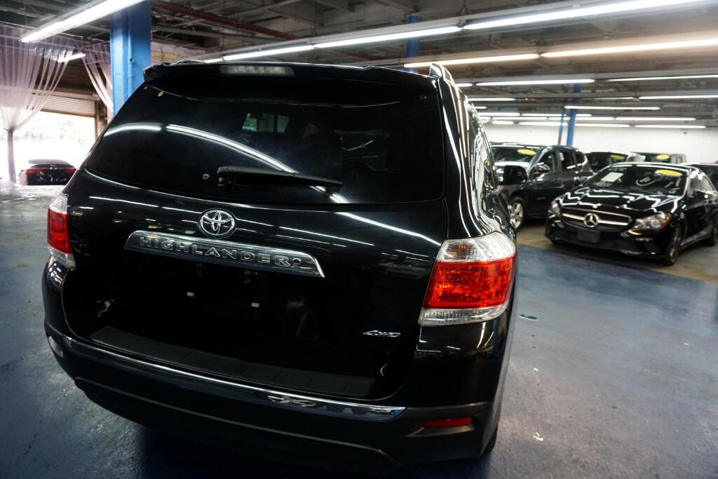 2013 Toyota Highlander 4WD 4dr V6  Limited (Natl)