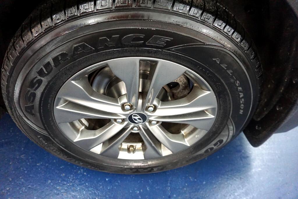 2013 Hyundai Santa Fe AWD 4dr Sport