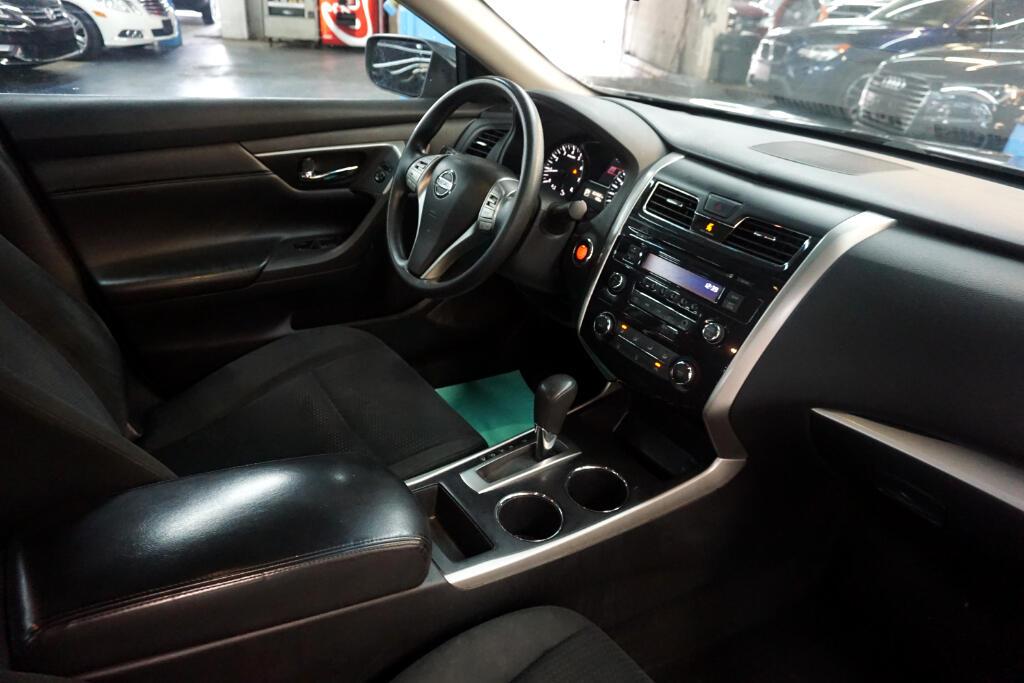2015 Nissan Altima 4dr Sdn I4 2.5